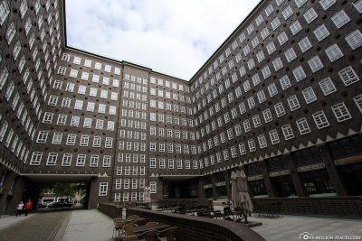 The inner courtyard of the Sprinkenhof