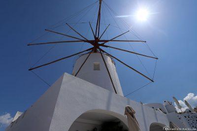 Windmill in Oia on Santorini