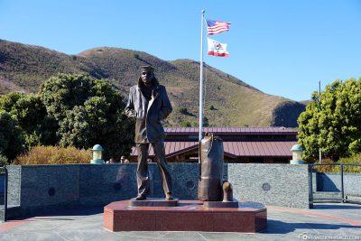 Statue at Golden Gate Bridge Vista Point