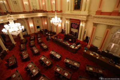 Der Sitzungssaal des Senats