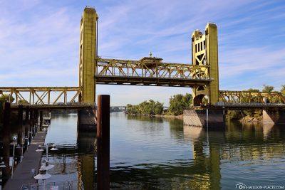 Die Tower Bridge in Sacramento