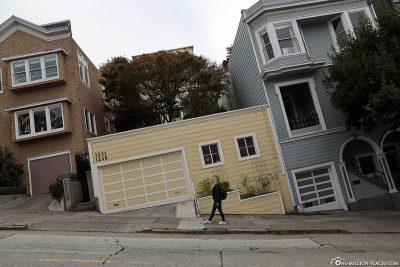 Skewed built or optical illusion?
