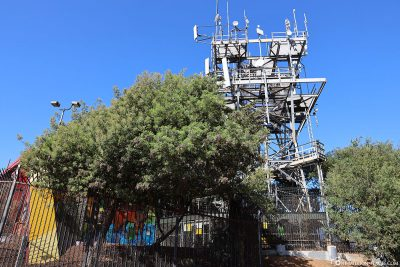 The radio mast on the Bernal Heights hill