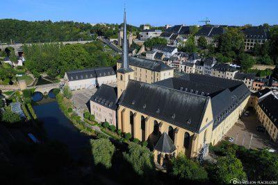 Blick auf die St. Johnann Kirche