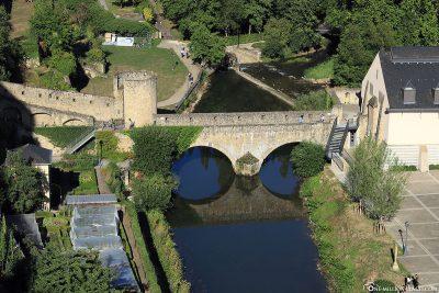 Die Stierchen Brücke über den Fluss Alzette