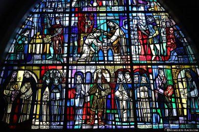 Farbglasfenster in der Michaelskirche