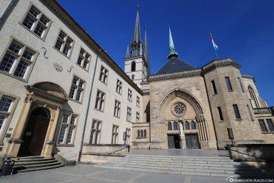 Das neue Westportal (Marienportal)
