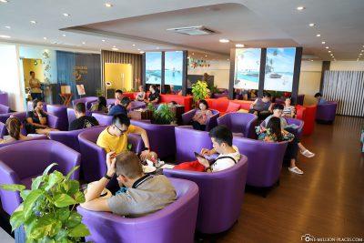 The Maldivian Moonimaa Lounge