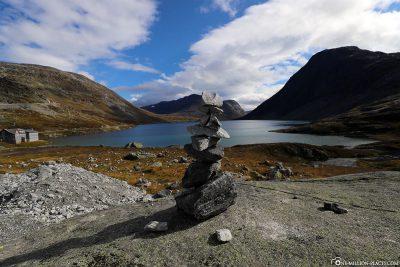 Der auf 1.016 Meter Höhe gelegene Djupvatnet Gebirgssee