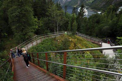 Der Wanderweg 'Fossevandring' mit seinen 327 Stufen