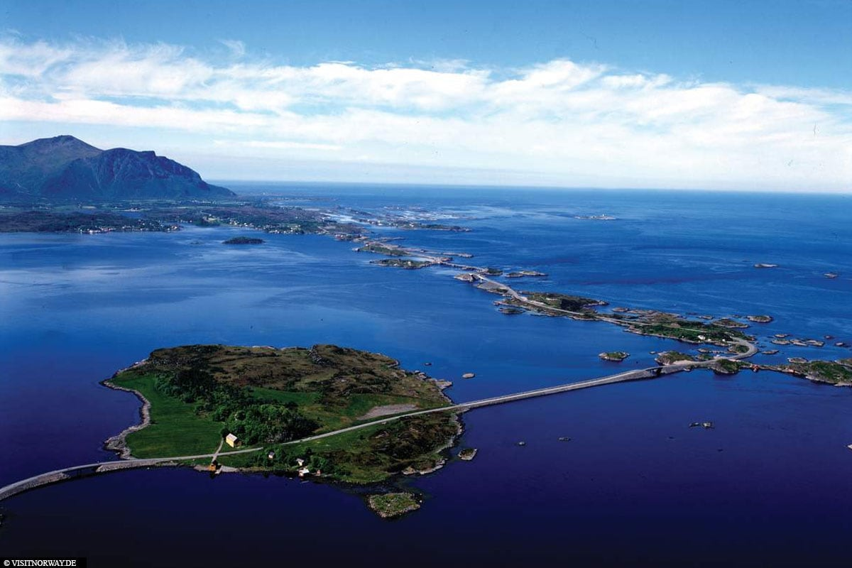 Atlantic Coastal Road, Norway, Bridges, Islands