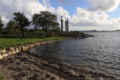Die Bucht Møllebukta mit den 3 Schwertern