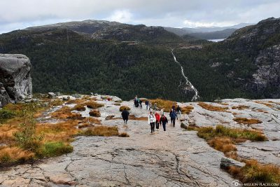 The plateau just before the Preikestolen