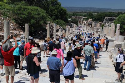 This is how full it can be in Ephesus