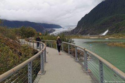 Die Wanderwege im Park