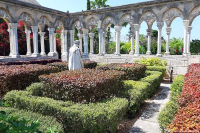 The Versailles Gardens in Nassau