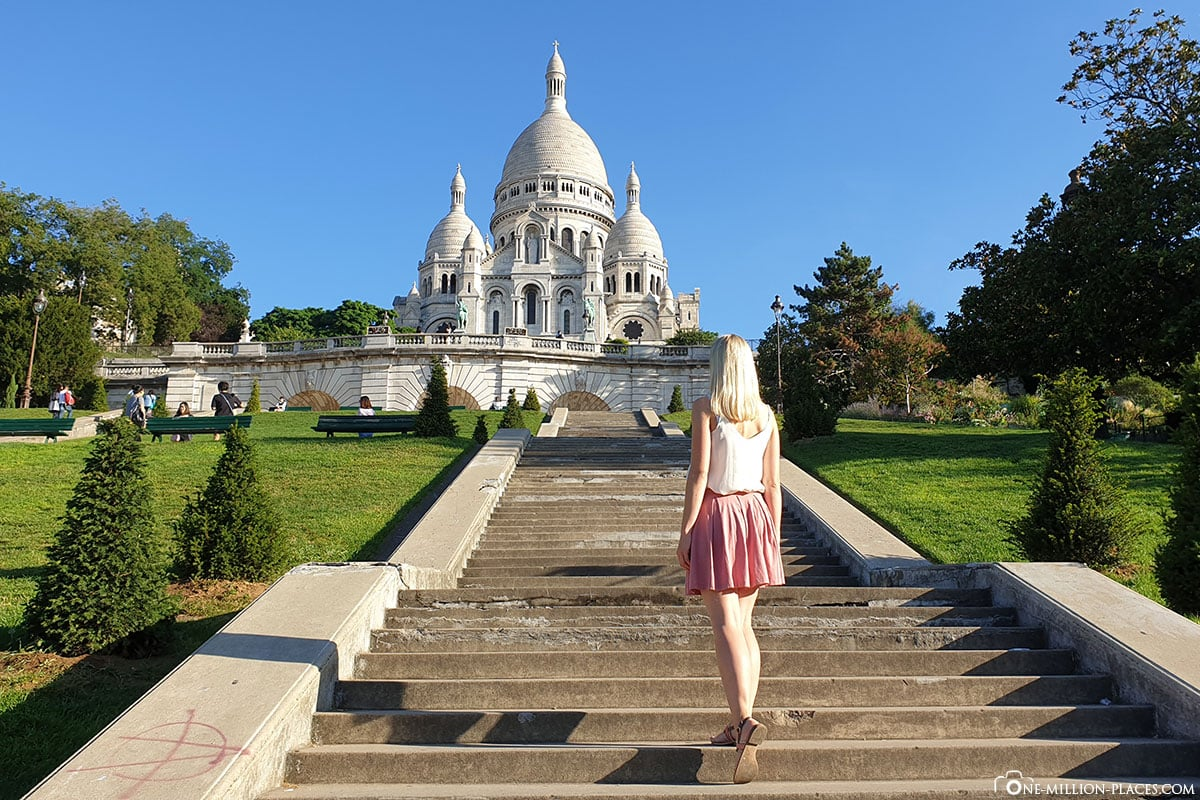 Stairs to The Basilica Sacré-Coeur, Paris, Photospots, Attractions, On Your Own, TravelReport, France, A-ROSA River Cruise