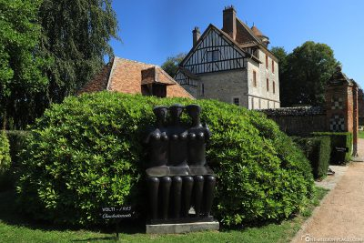 The sculpture park of the Chateau de Vascoeuil