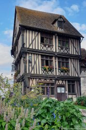 Great half-timbered houses