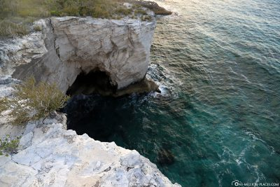 A Sea Arch at Columbus Monument