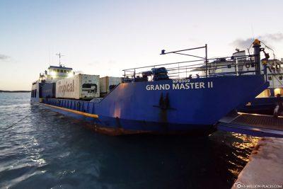 Die Fähre von Great Exuma nach Long Island
