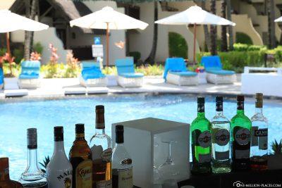 A poolbar