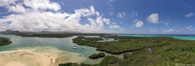 Panoramic view of the island of Ile aux Cerfs