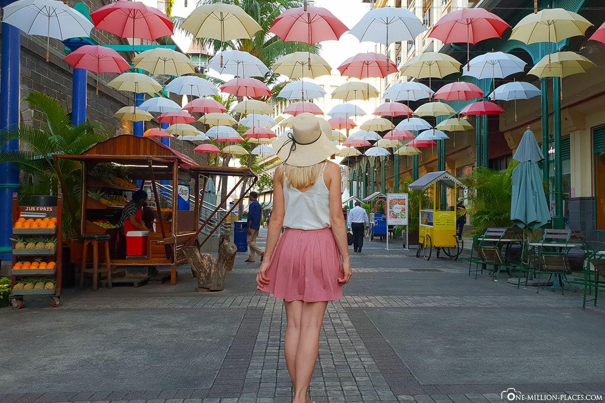 Bunte Regenschirme, Port Louis, Mauritius, Caudan Waterfront, Regenschirmgasse, Sehenswürdigkeiten, Reisebericht, Fotospot