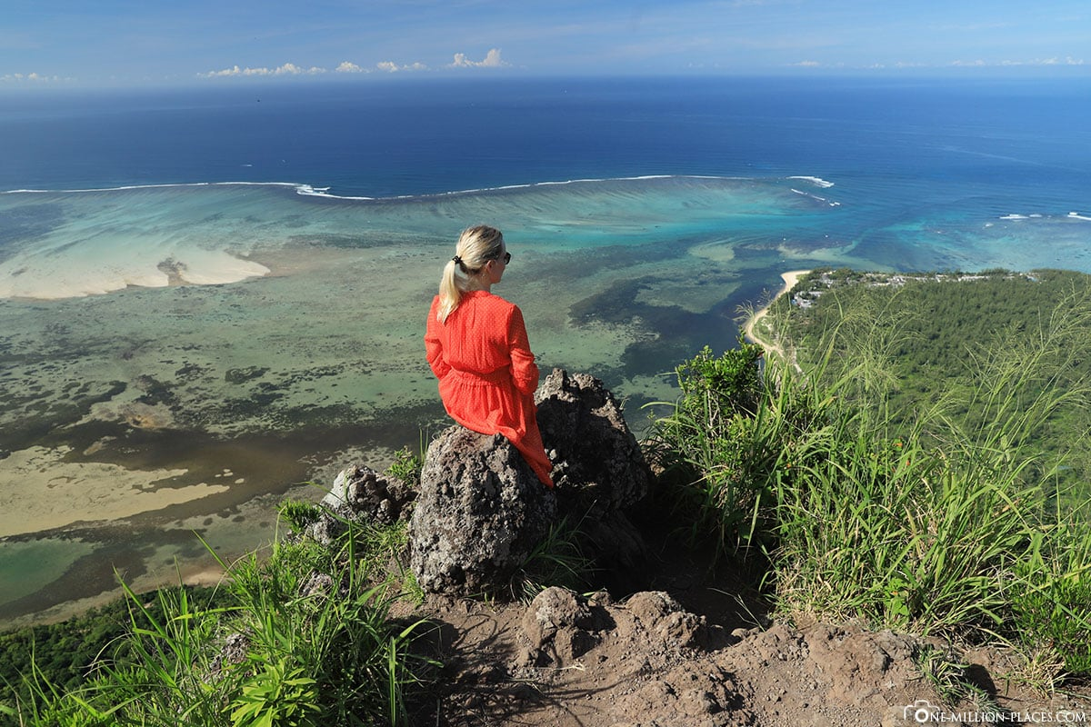 Le Morne, View, Underwater Waterfall, Mauritius, Attractions, Waterfall in the Sea, Travelreport