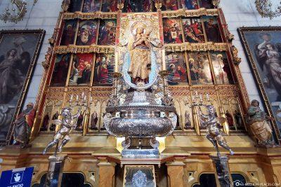 Die Almudena-Kathedrale