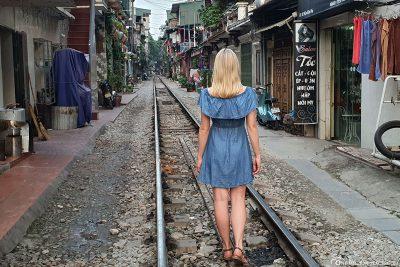Die Train Street