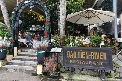 Lunch at dao Tien-River restaurant