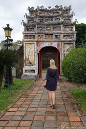 Eastern Gate at To Mieu Temple