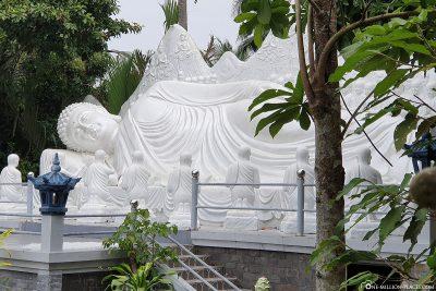 Ein liegender Buddha