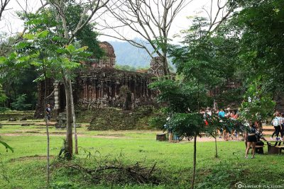 A first view of the temple complex