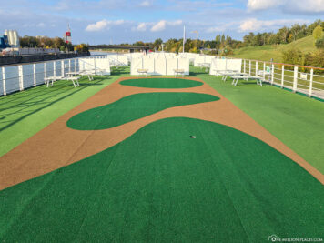 Putting Green & Minigolf