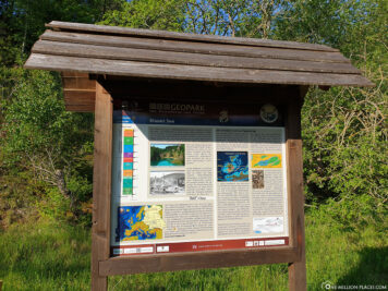 Information board on the Blue Lake