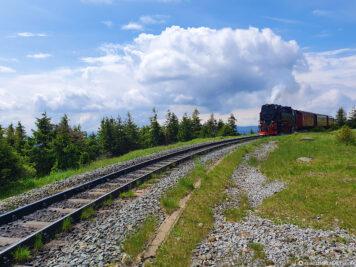 Die Bahnstrecke kurz vor dem Gipfel des Brocken