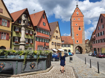 Löwenbrunnen & Wörnitzer Tor