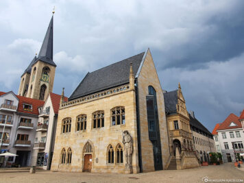 Town Hall & Church of St. Martini in Halberstadt