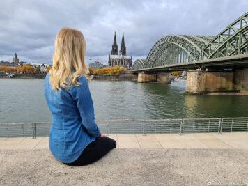 Blick von den Rheinterrassen auf Köln