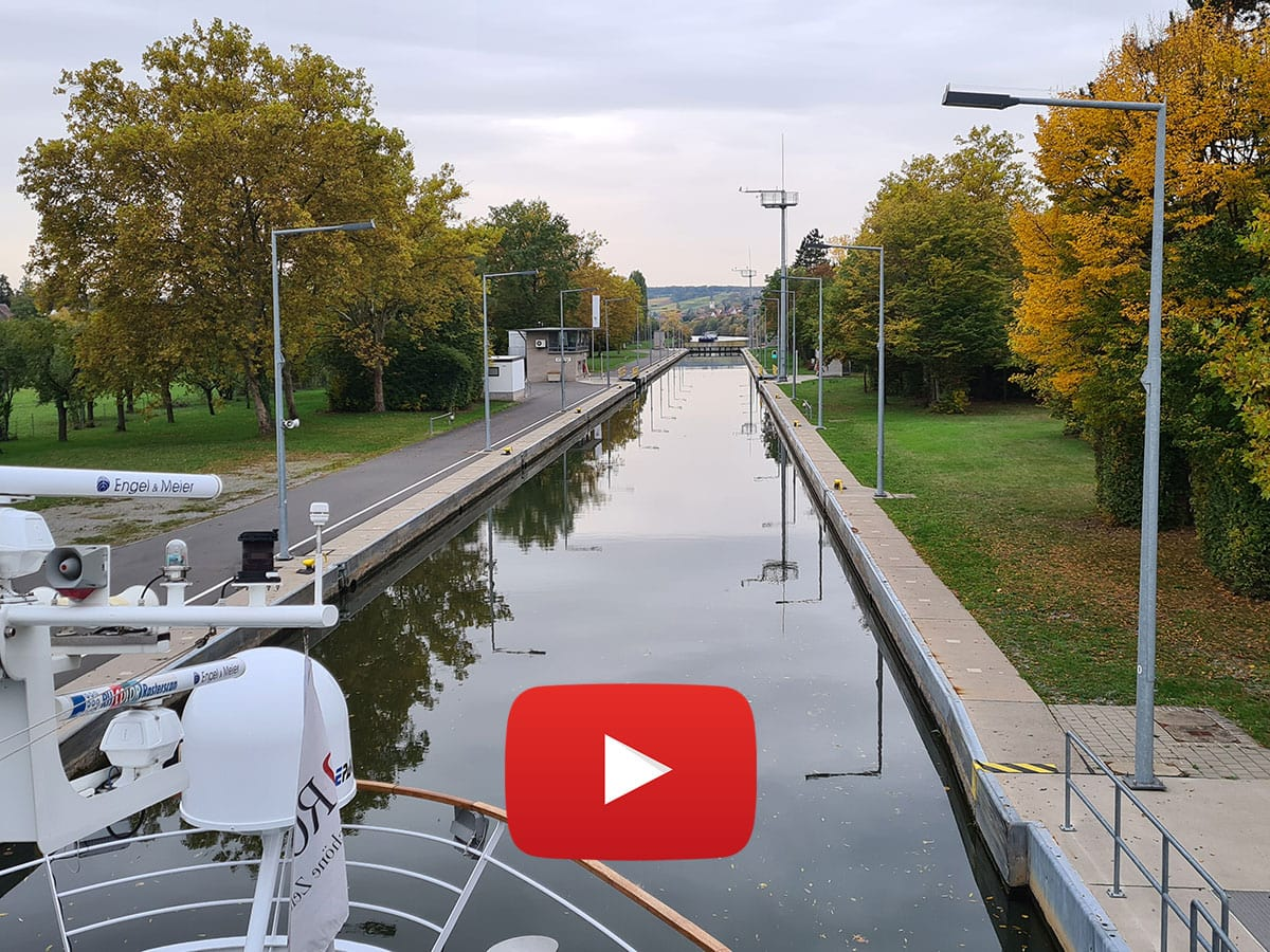 Time lapse of a lock on the Main
