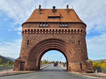 The gatehouse on the Main Bridge