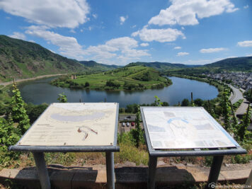 Viewpoint on the Moselle Loop Bremm