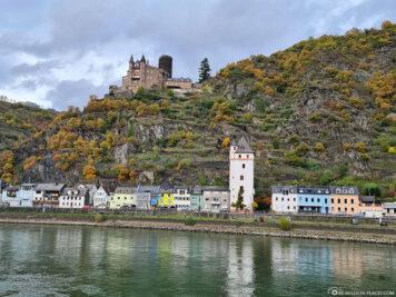 City tower in St. Goarshausen & Katz Castle