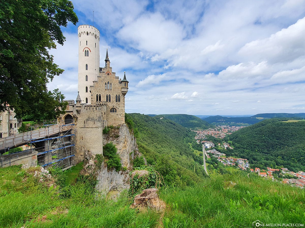Schloss Lichtenstein, Fairytale Castle, Baden Württemberg, Honau, Germany, Day Trip, Travel Report, Blog