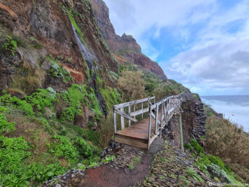 Hiking trail on the coast of Sao Jorge