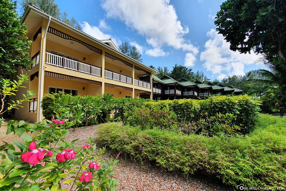 Building, Acajou Beach Resort, Hotel Praslin, Seychelles, Experiences, Travel Report