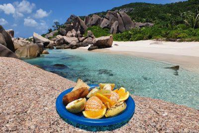 Ein leckeres Mittagessen am Strand