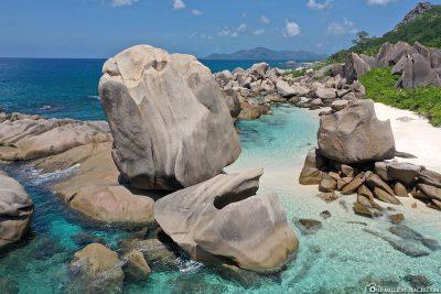 The granite rocks at Anse Marron